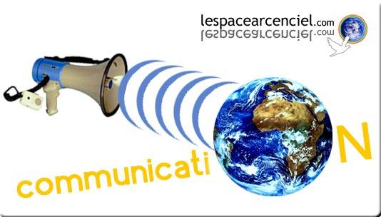 Médias classiques et réseaux sociaux : au service d'une communication politique