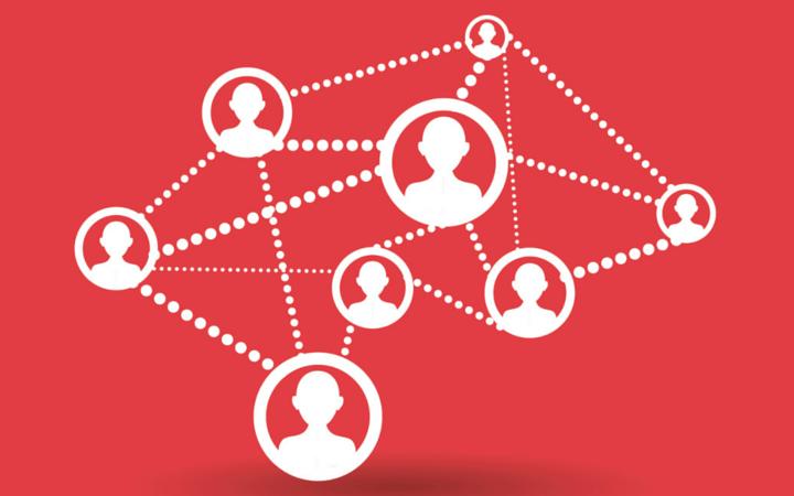 Liên kết chặt chẽ với doanh nghiệp - phương thức hoạt động thông minh của trường ETEA