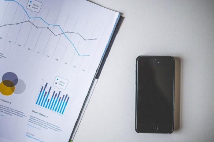 <p>Nerf de la guerre des équipes marketing, la data révolutionne aujourd'hui les plans d'actions commerciales. Temps réel, affinitaire… la « smart data » permet de piloter de manière fine des campagnes cross canal, d'optimiser des ratios de conversion et