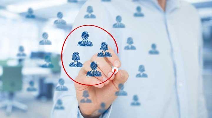 comment toucher une cible jeune par Avant la production, pour déterminer votre cible et comment la toucher (marketing stratégique) pendant la création, pour déterminer votre produit, prix et mode de distribution après, pour communiquer avec vos prospects et clients.