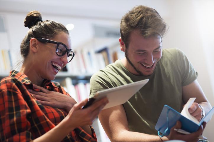 Faites-vous plaisir ! 10 jobs en communication à découvrir