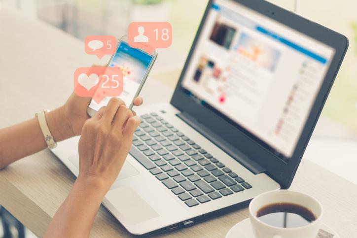 7 techniques pour se faire connaitre rapidement sur les réseaux sociaux